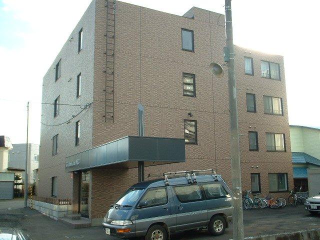 北海道札幌市豊平区、平岸駅徒歩17分の築15年 4階建の賃貸マンション