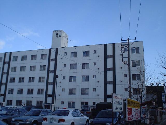 北海道札幌市豊平区、福住駅徒歩14分の築35年 5階建の賃貸マンション