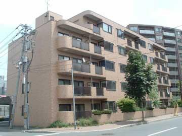 北海道札幌市豊平区、平岸駅徒歩16分の築27年 5階建の賃貸マンション