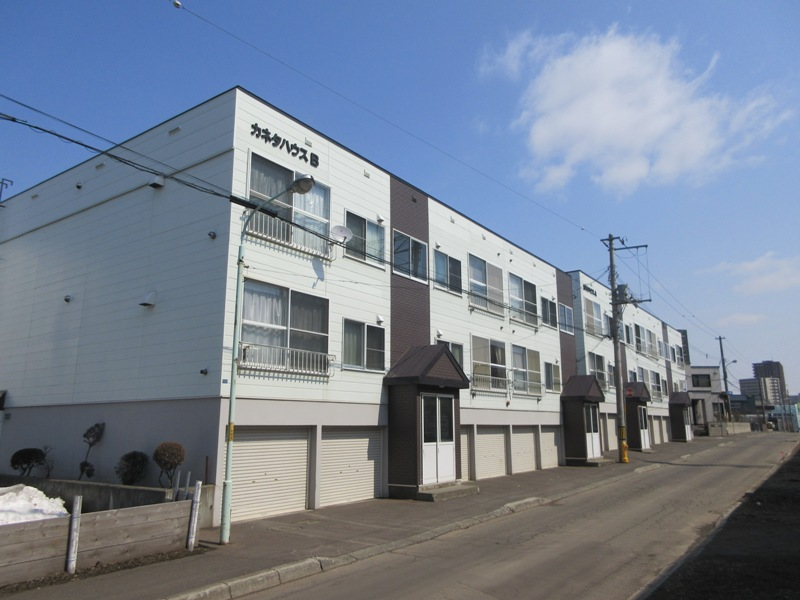 北海道札幌市厚別区、厚別駅徒歩7分の築26年 2階建の賃貸アパート