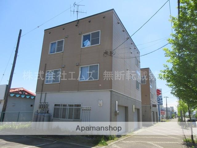 北海道夕張郡長沼町の築28年 3階建の賃貸アパート