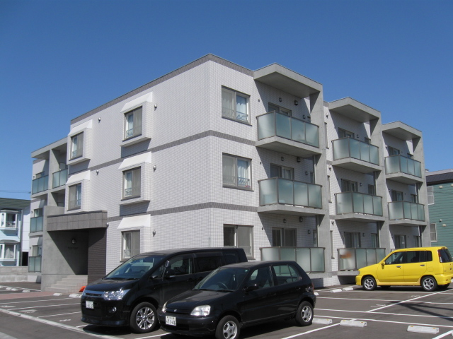北海道札幌市厚別区、厚別駅徒歩12分の築8年 3階建の賃貸マンション