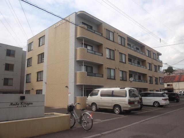 北海道札幌市白石区、白石駅徒歩18分の築11年 4階建の賃貸マンション