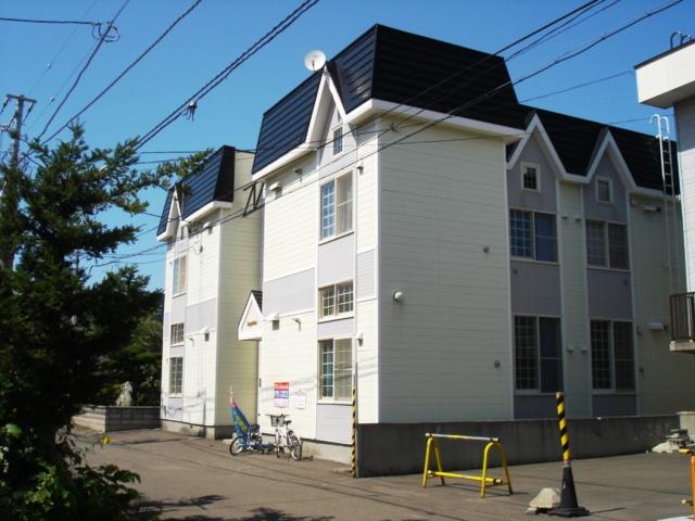 北海道札幌市白石区、南郷7丁目駅徒歩7分の築17年 2階建の賃貸アパート