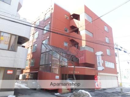 北海道札幌市白石区、東札幌駅徒歩16分の築36年 5階建の賃貸マンション