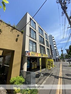 北海道札幌市白石区、東札幌駅徒歩7分の築30年 4階建の賃貸マンション