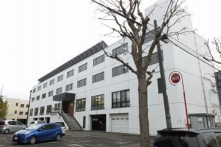 北海道札幌市白石区、白石駅徒歩10分の築36年 4階建の賃貸マンション