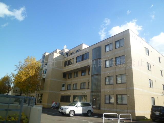 北海道札幌市厚別区、新札幌駅徒歩17分の築29年 6階建の賃貸マンション