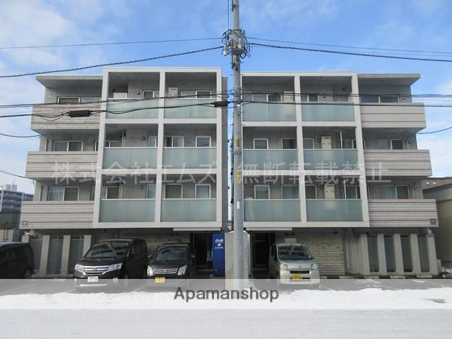 北海道札幌市厚別区、厚別駅徒歩8分の築4年 4階建の賃貸マンション