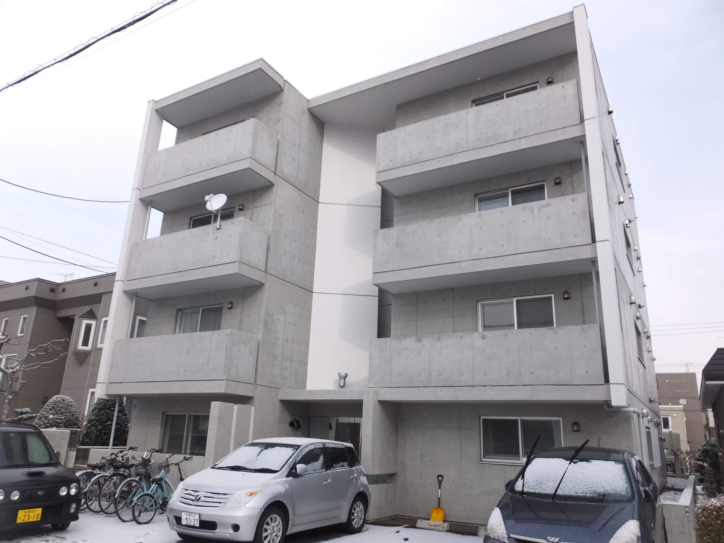 北海道札幌市白石区、東札幌駅徒歩17分の築7年 4階建の賃貸マンション