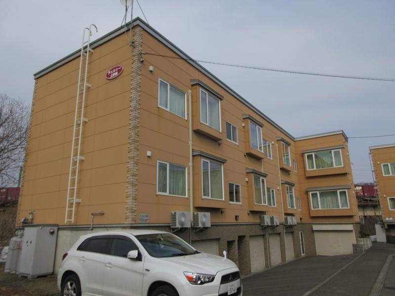 北海道札幌市厚別区、上野幌駅徒歩4分の築12年 3階建の賃貸アパート