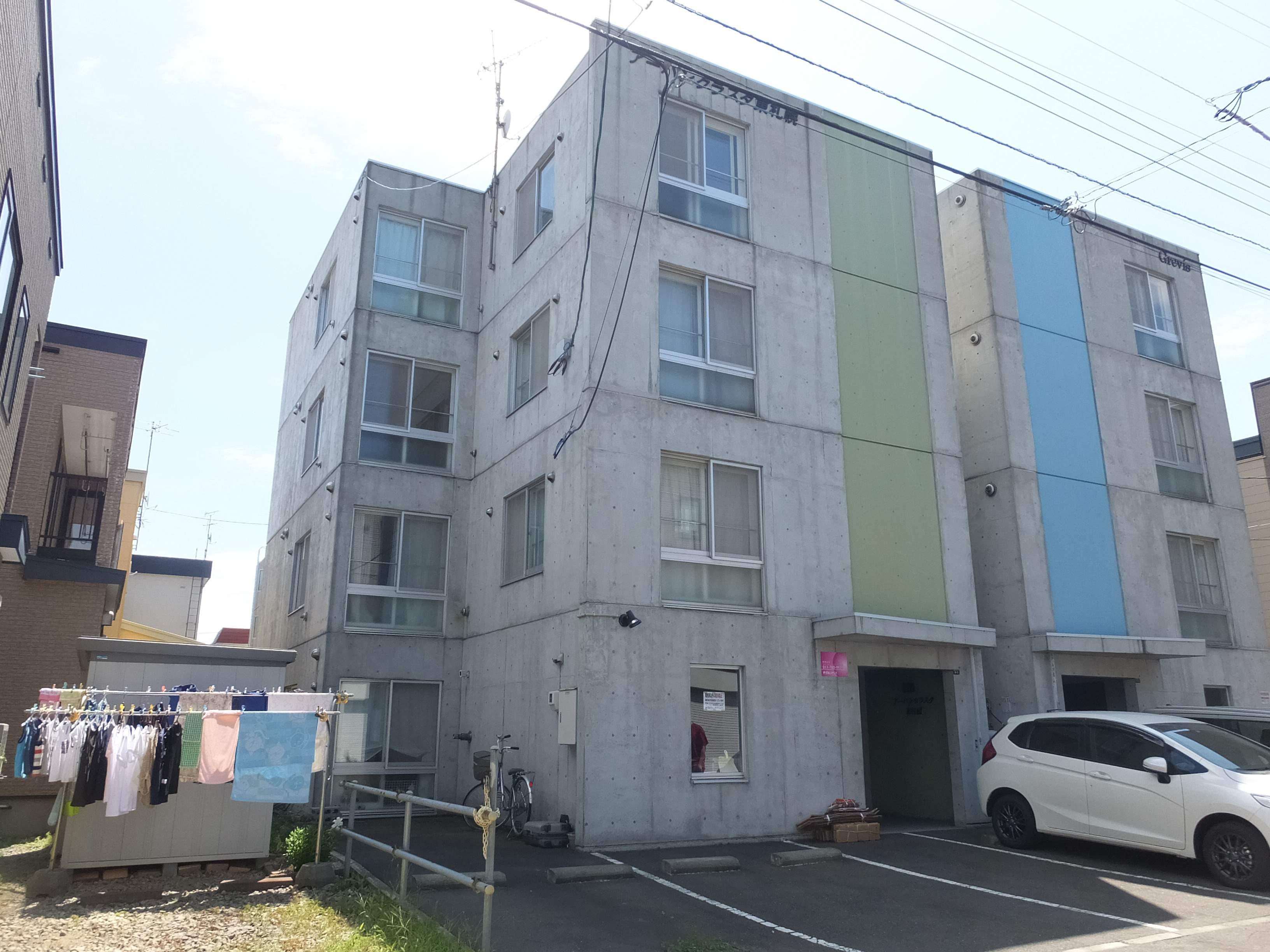 北海道札幌市白石区、東札幌駅徒歩9分の築16年 4階建の賃貸マンション