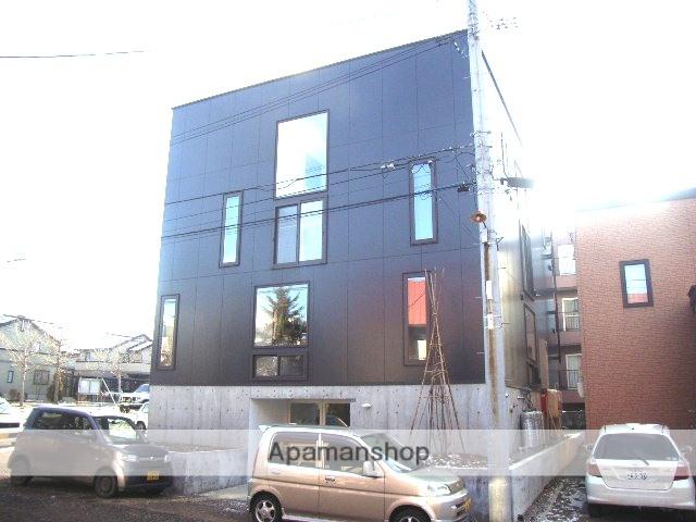 北海道札幌市白石区、南郷7丁目駅徒歩9分の築9年 3階建の賃貸アパート
