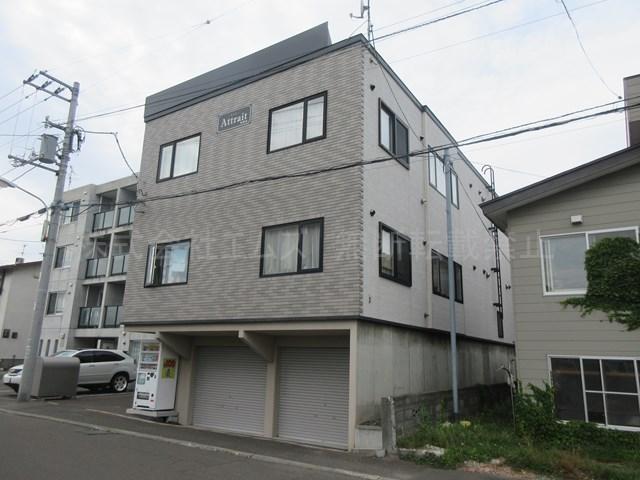 北海道札幌市厚別区、厚別駅徒歩8分の築10年 3階建の賃貸アパート