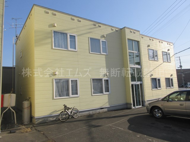 北海道札幌市厚別区、厚別駅徒歩8分の築22年 2階建の賃貸アパート