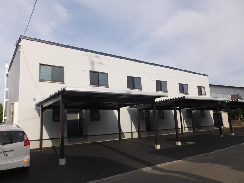 北海道札幌市厚別区、厚別駅徒歩9分の築2年 2階建の賃貸テラスハウス