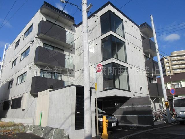 北海道札幌市厚別区、新札幌駅徒歩11分の新築 4階建の賃貸マンション