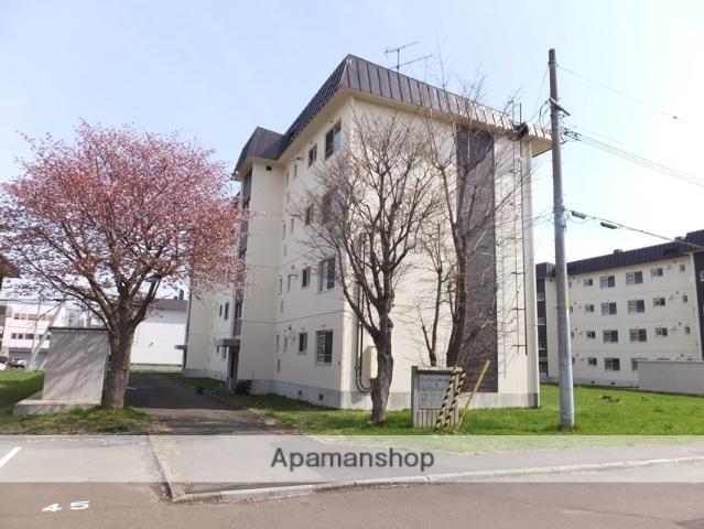 北海道札幌市白石区、白石駅徒歩3分の築33年 4階建の賃貸マンション