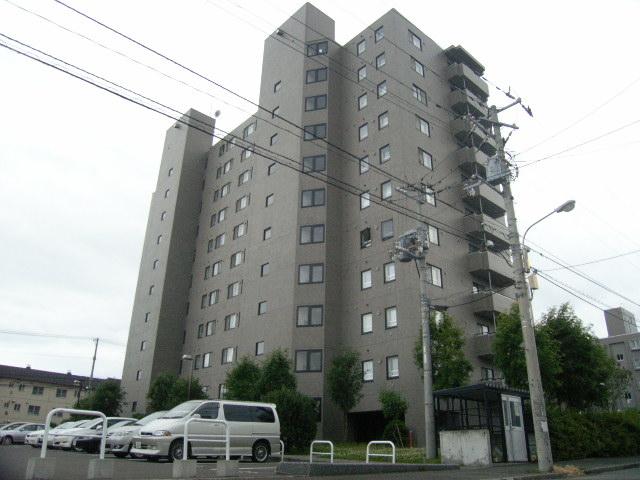 北海道札幌市豊平区、南郷7丁目駅徒歩19分の築22年 11階建の賃貸マンション