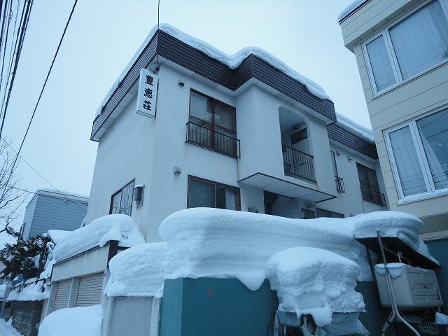 北海道札幌市白石区、平和駅徒歩16分の築31年 3階建の賃貸アパート