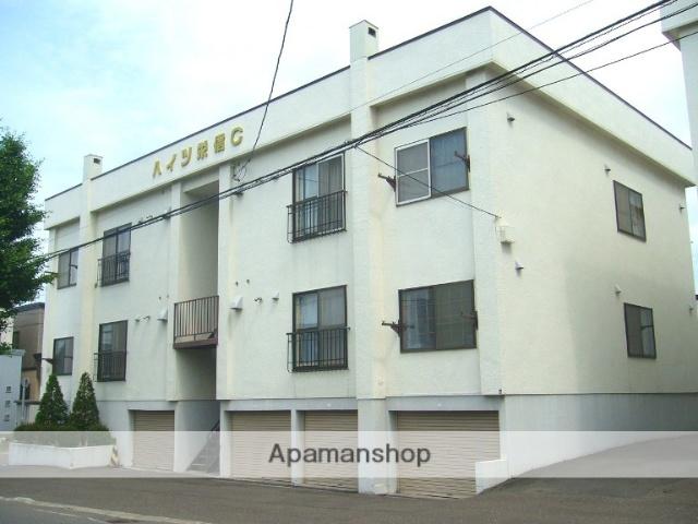 北海道札幌市白石区、南郷7丁目駅徒歩15分の築31年 3階建の賃貸アパート