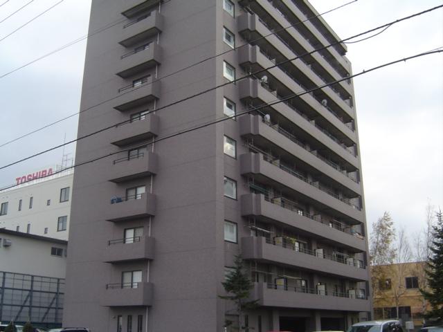 北海道札幌市白石区、南郷18丁目駅徒歩8分の築24年 11階建の賃貸マンション