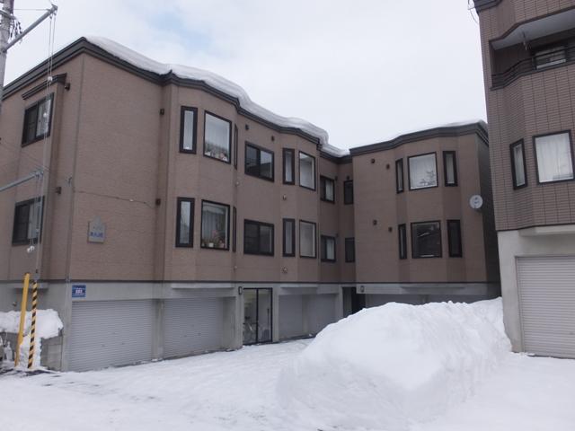 北海道札幌市白石区、東札幌駅徒歩8分の築14年 3階建の賃貸アパート