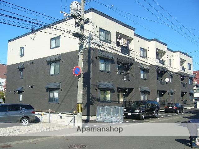 北海道札幌市豊平区、白石駅徒歩12分の築11年 3階建の賃貸アパート