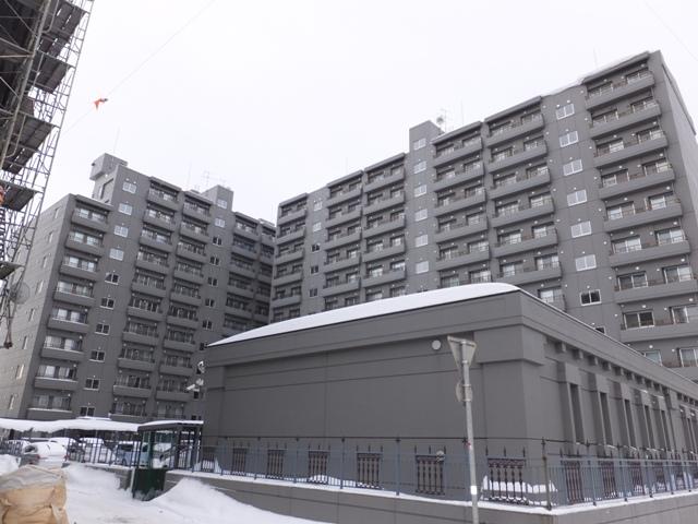 北海道札幌市中央区、苗穂駅徒歩11分の築22年 11階建の賃貸マンション
