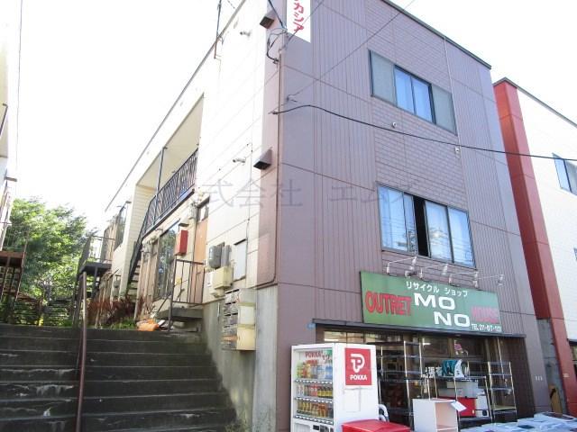 北海道札幌市白石区、白石駅中央バスバス11分中央1−4下車後徒歩2分の築35年 3階建の賃貸アパート