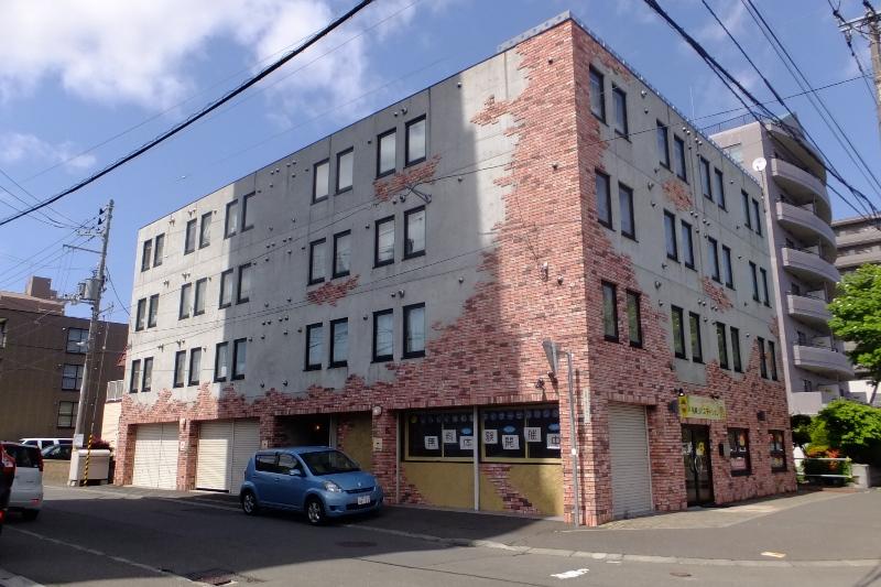 北海道札幌市豊平区、白石駅徒歩8分の築12年 4階建の賃貸マンション