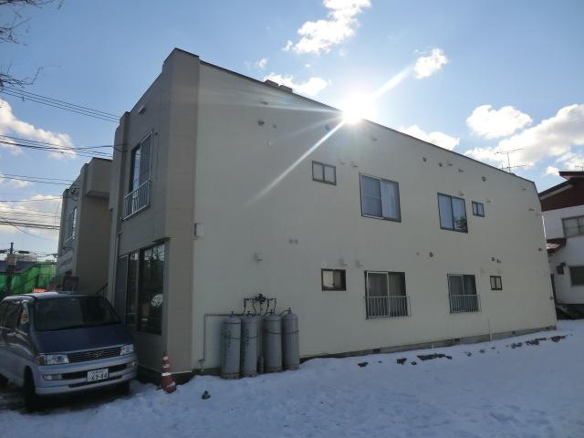 北海道札幌市白石区、菊水駅徒歩16分の築35年 2階建の賃貸アパート