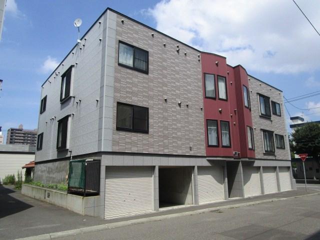 北海道札幌市中央区、苗穂駅徒歩7分の築12年 3階建の賃貸アパート