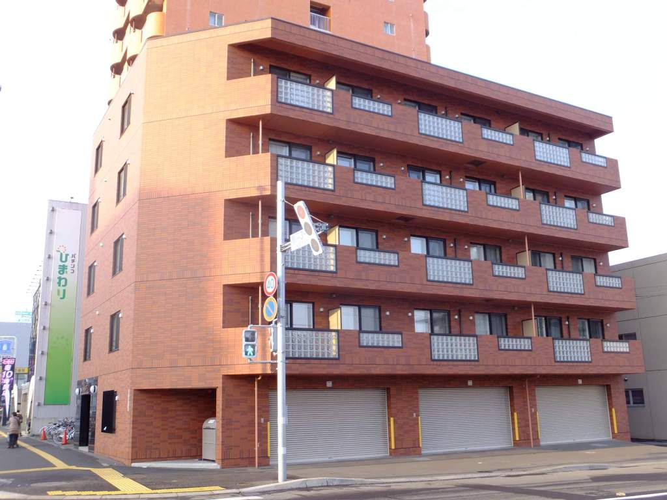 北海道札幌市豊平区、東札幌駅徒歩11分の築5年 5階建の賃貸マンション