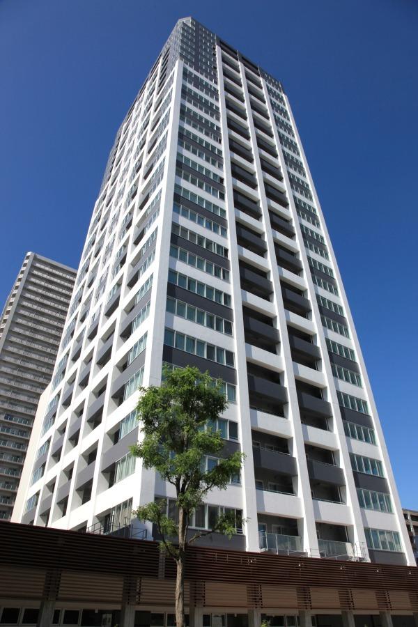 北海道札幌市中央区、バスセンター前駅徒歩4分の築7年 30階建の賃貸マンション
