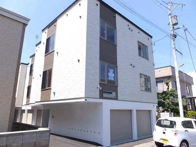 北海道札幌市豊平区、白石駅徒歩16分の新築 3階建の賃貸アパート