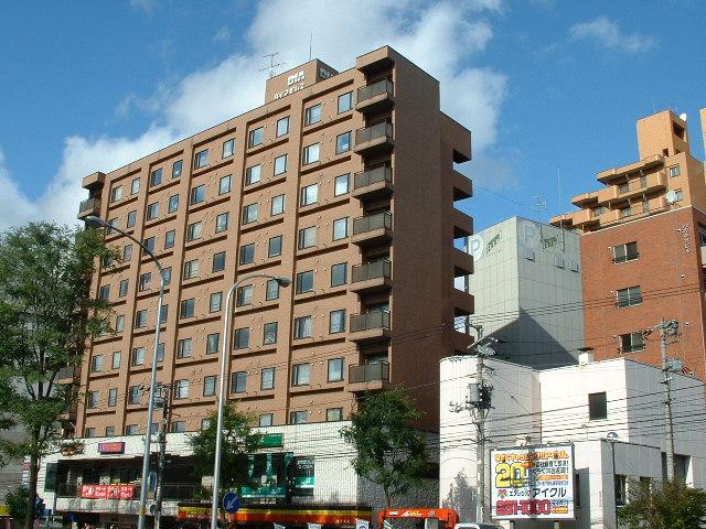 北海道札幌市白石区、東札幌駅徒歩16分の築26年 10階建の賃貸マンション