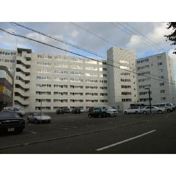 北海道札幌市豊平区、平岸駅徒歩26分の築25年 5階建の賃貸マンション