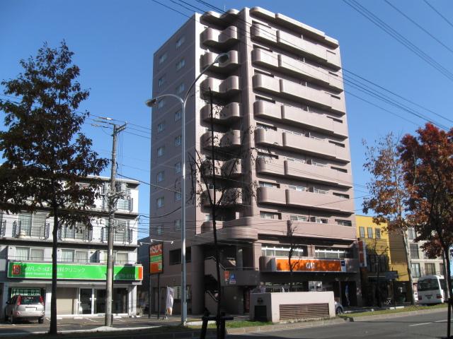 北海道札幌市白石区、東札幌駅徒歩7分の築27年 10階建の賃貸マンション