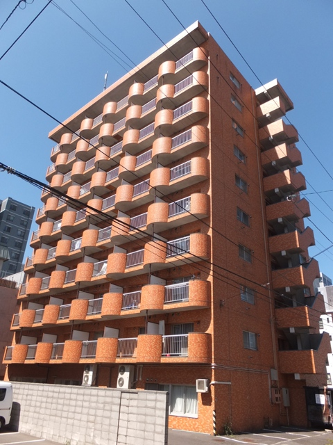 北海道札幌市中央区、バスセンター前駅徒歩6分の築26年 10階建の賃貸マンション