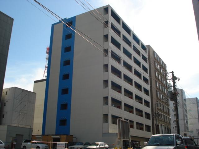 北海道札幌市中央区、バスセンター前駅徒歩3分の築11年 9階建の賃貸マンション