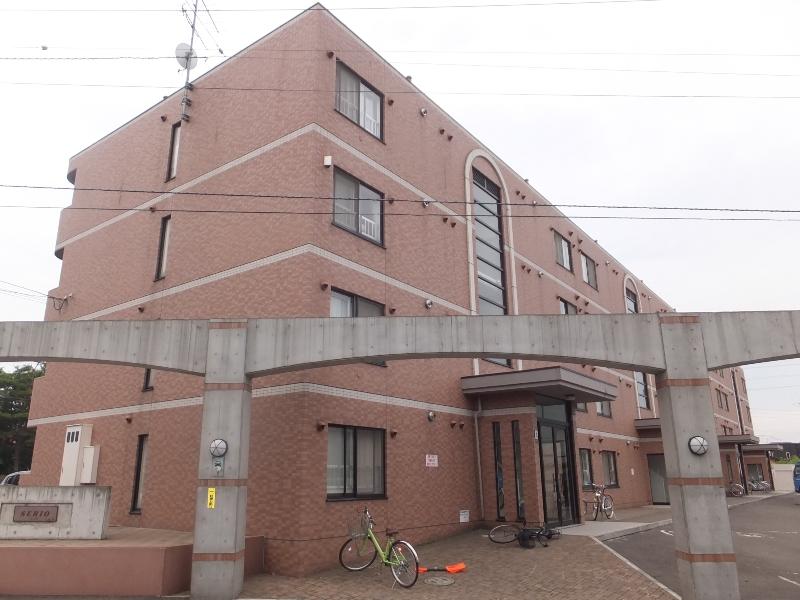 北海道札幌市白石区、白石駅徒歩19分の築15年 4階建の賃貸マンション