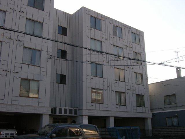北海道札幌市豊平区、白石駅徒歩9分の築29年 5階建の賃貸マンション