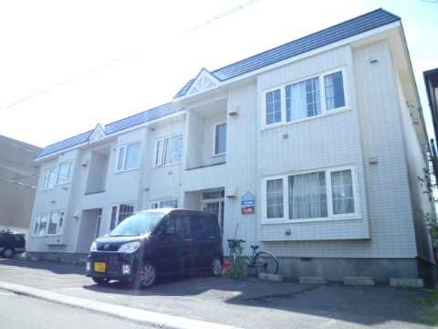 北海道札幌市豊平区、平岸駅徒歩18分の築27年 2階建の賃貸アパート
