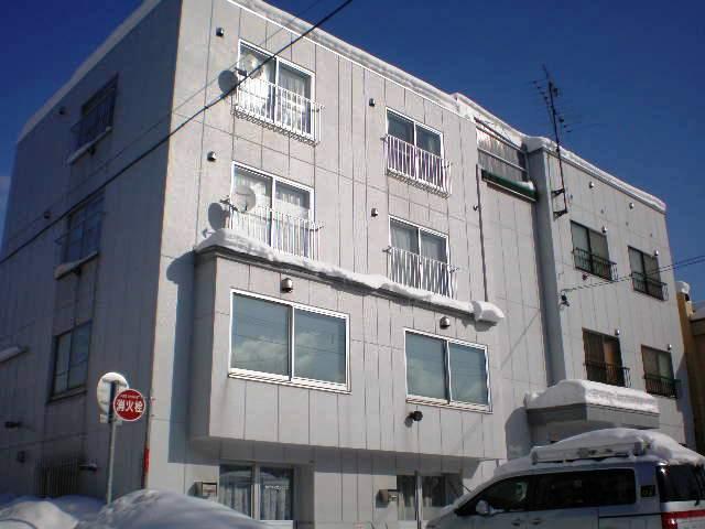 北海道札幌市白石区、白石駅徒歩4分の築34年 4階建の賃貸マンション