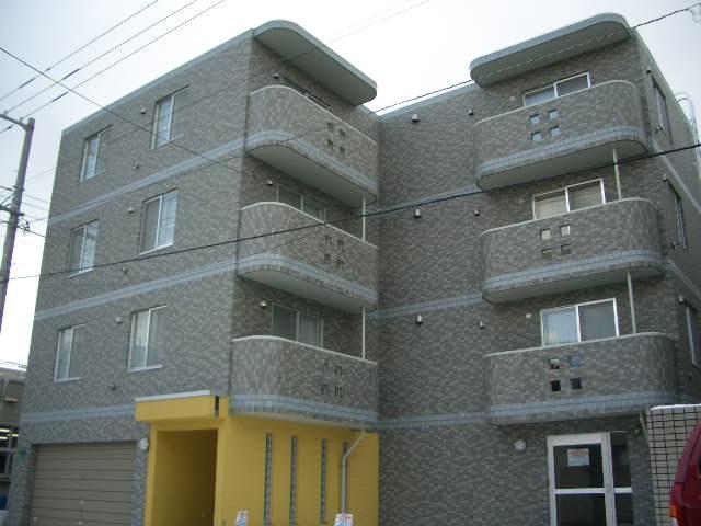 北海道札幌市南区、南平岸駅徒歩19分の築12年 4階建の賃貸マンション