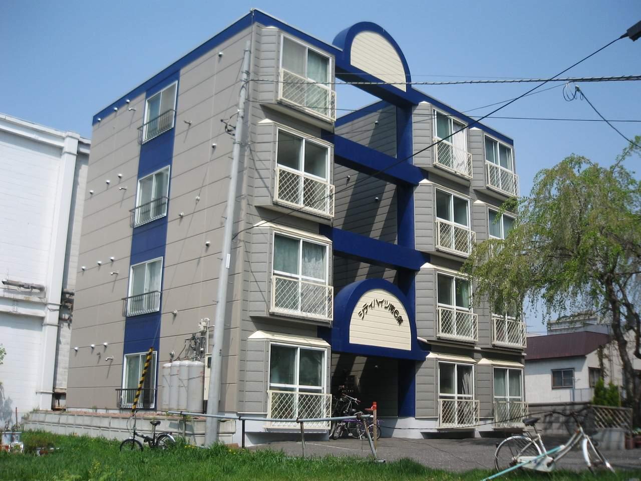 北海道札幌市中央区、西15丁目駅徒歩6分の築29年 4階建の賃貸マンション