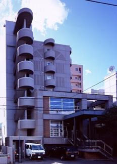 北海道札幌市中央区、二十四軒駅徒歩16分の築23年 7階建の賃貸マンション