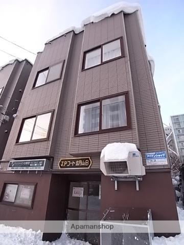 北海道札幌市中央区、二十四軒駅徒歩14分の築18年 3階建の賃貸アパート