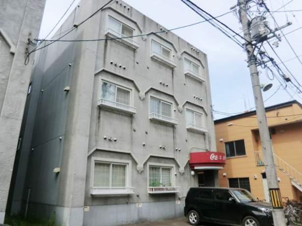 北海道札幌市中央区、西線9条旭山公園通駅徒歩7分の築25年 3階建の賃貸マンション
